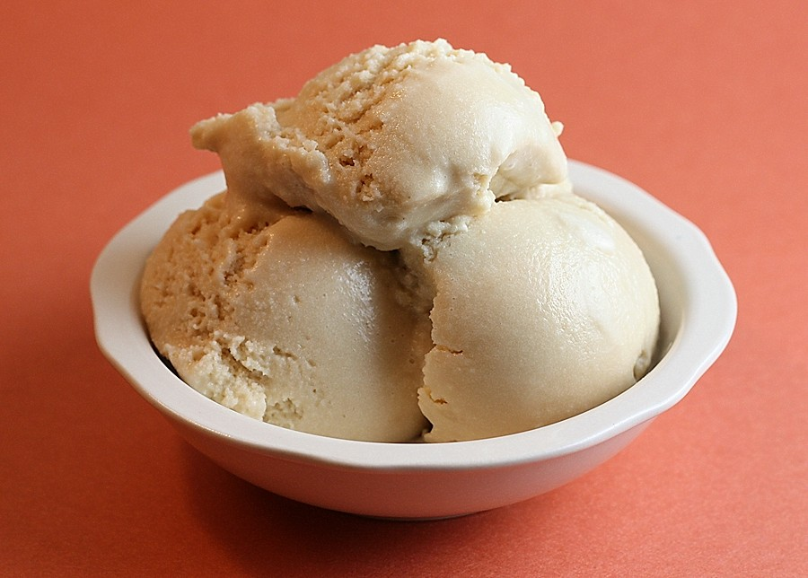 Salted Caramel Ice Cream – First Look, Then Cook
