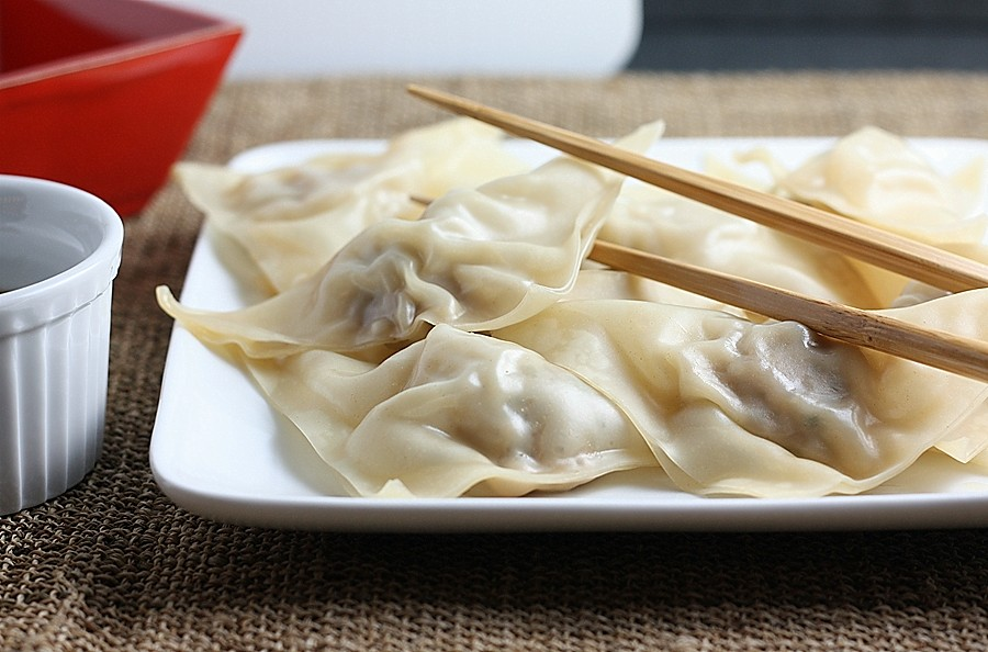 steamed chinese dumplings first look then cook