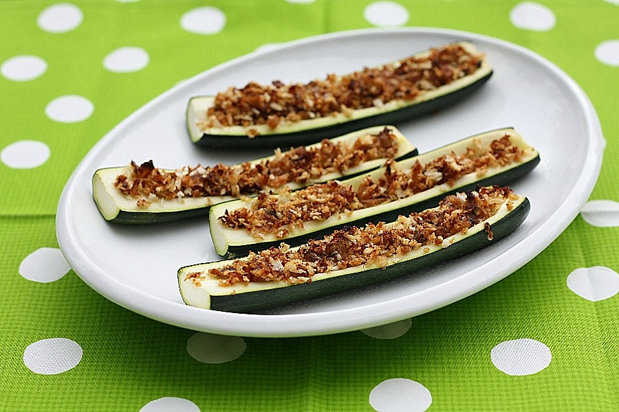 Stuffed Zucchini with Cheesy BreadcrumbsFirst Look, Then Cook