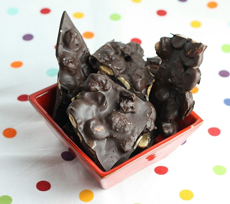 Chocolate Almond Bark Dunmore Candy Kitchen: Chocolate-Almond Bark With Sea Salt