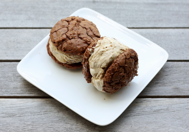 Chocolate, Cinnamon and Coffee Ice Cream Sandwiches