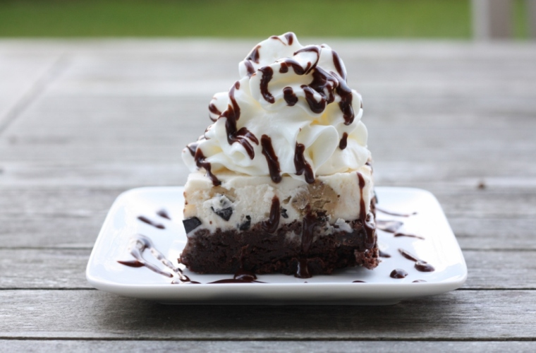 Ice Cream Pie with Chocolate Sauce